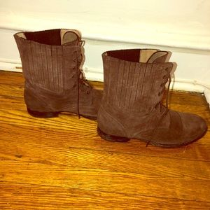 Frye Suede Leather Brown Lace up boots size 11